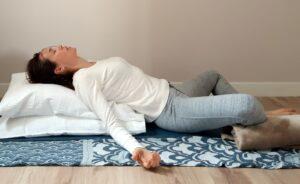 abrir pecho+relajar hombros